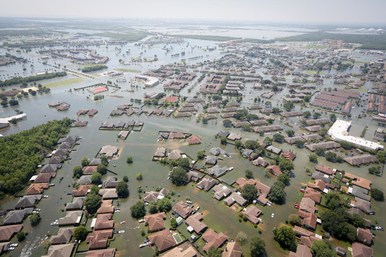 Helpers+of+Hurricane+Harvey