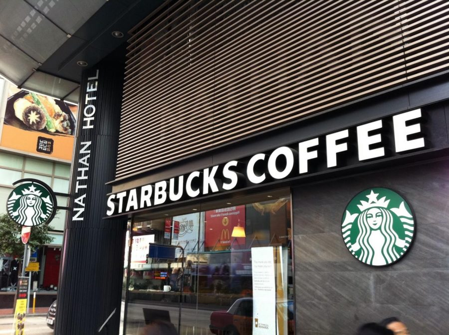 A Starbucks stands amongst the turbulent debate over whether the company committed an act of racial injustice.  (Photo courtesy of Google Images via Creative Commons)